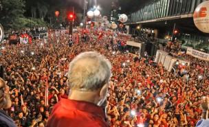 18/03/2016- São Paulo- SP, Brasil- Ex-presidente Lula, durante ato em defesa da democracia, na avenida Paulista. Foto: Ricardo Stuckert/ Instituto Lula